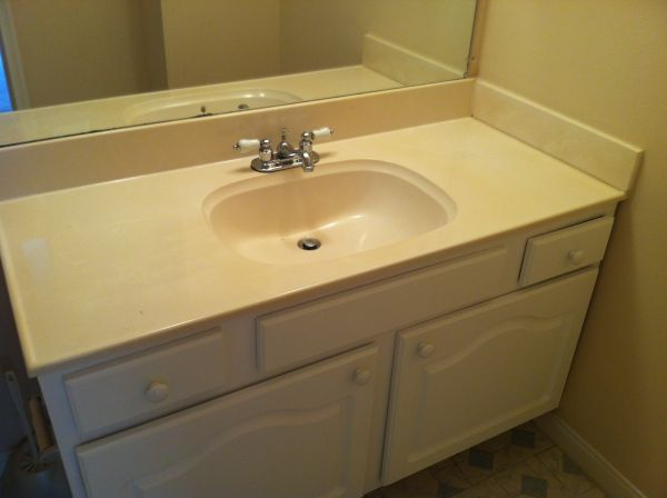 Bathroom vanities - $40 (Dairy Ashford I10)