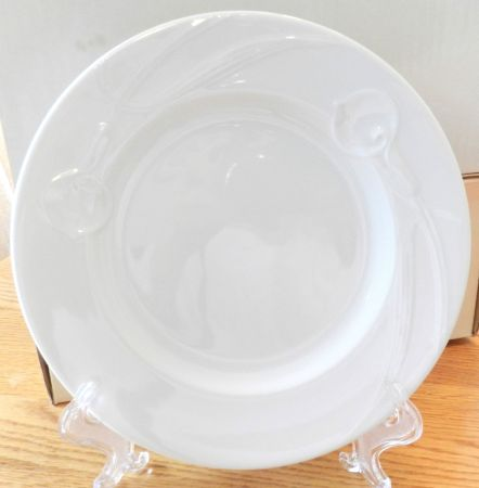 White Set of Mikasa China - $185 (Alvin Area)