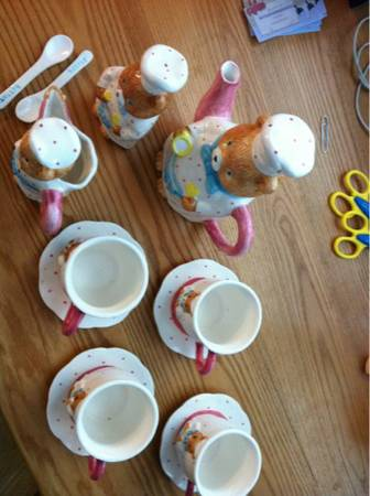 15 Pieces Porcelain Childs Battat Teddy Bear Tea Set (SeabrookKemahDickinson )