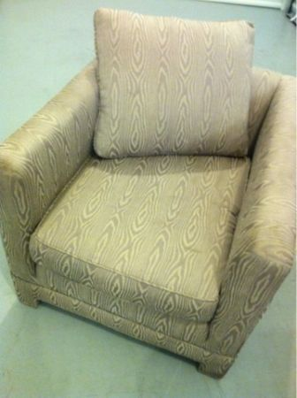 ACCENT CHAIR VERY NICE - $95 (HOUSTON)