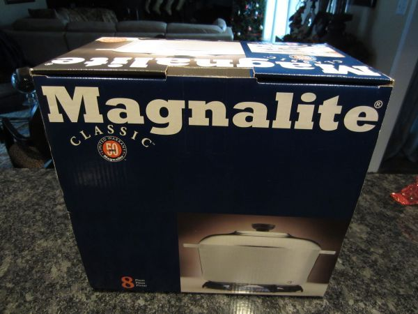 NEW SEALED MAGNALITE 8 PC. COOKING COOKWARE SET - $95 (NW HOUSTON)