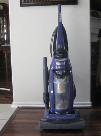 Kenmore Vacuum - $100 (Katy (Cinco Ranch West))