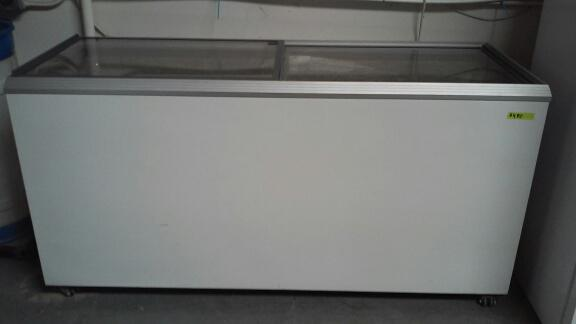 $449, NEW Commercial chest freezer