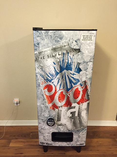 $450, Personal Coors Light Vending Machine Brand New