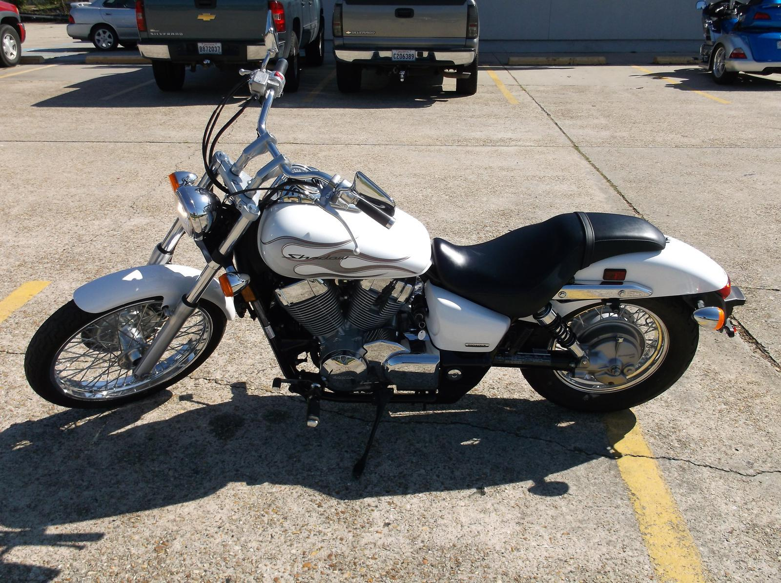 3 999  2009 Honda Shadow Spirit 750