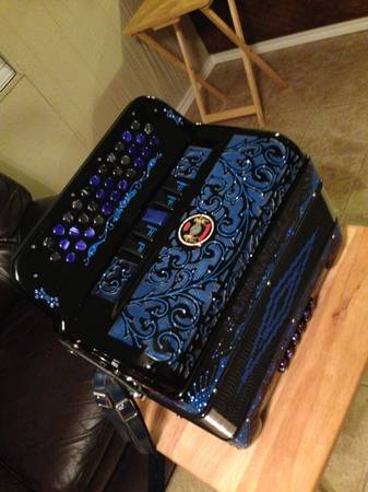 Gabbanelli Accordion 5 switch - $3200 (brazoria county)