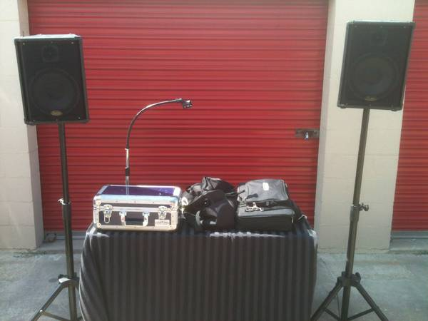 Karaoke CDG System - $350 (East Houston)