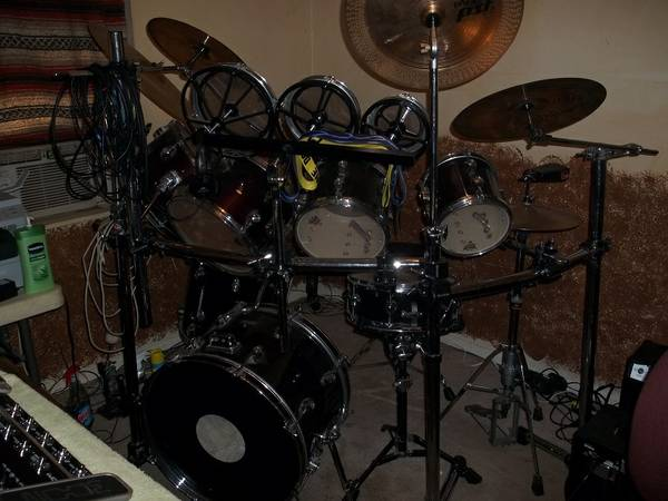 11 Piece Double Bass Drum Set - $850 (Magnolia, Texas)