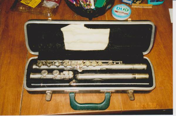 1 VERY nice CLARINET and TWO nice FLUTE - $275 (La Marque)