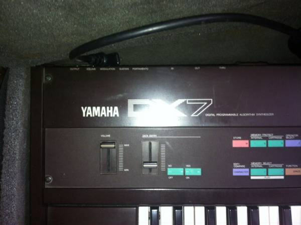 Yamaha dx7 and yamaha dx21 - $500 (Katy)