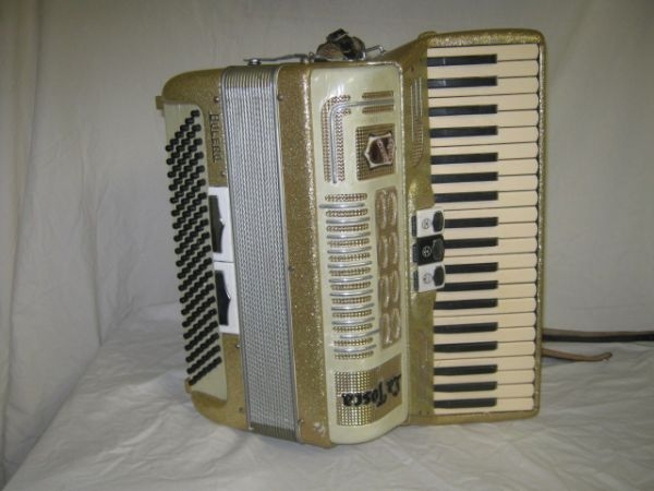 Gretsch La Tosca Bolero Accordion - $650 (292045N)