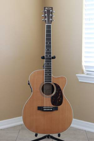 Martin Acoustic Cutaway- 000C-16RGTE AURA - $900 (Tomball)