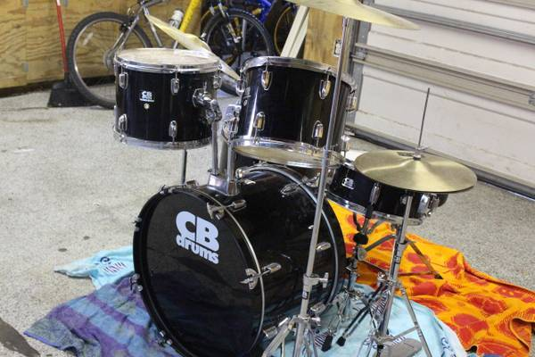 CB SP series drum set - $250 (kingwood)