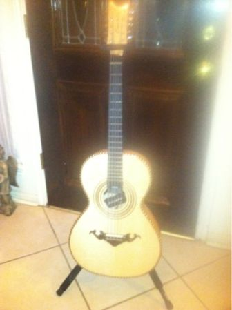 BAJO QUINTO CASCABEL - $1600 (HOUSTON)