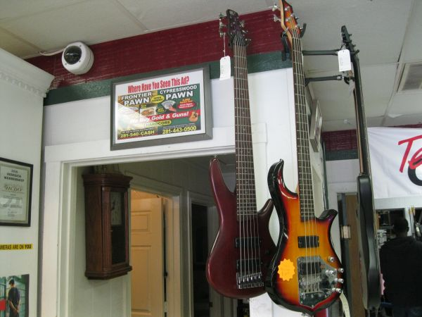 Ibanez sdgr 6 string bass guitar (fp) - $400 (1301 first st e Humble tx 77338)