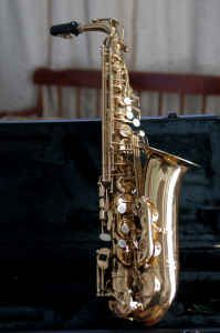 Alto saxophone with case and mouthpiece - $95 (Houston)
