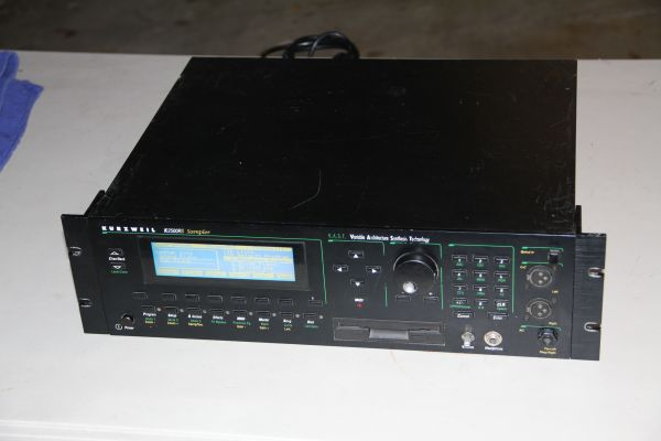 Kurzweil K2500RS V.A.S.T.Synthesizer Sler Sound Module Workstation  - $450 (Webster Clearlake SE Houston)