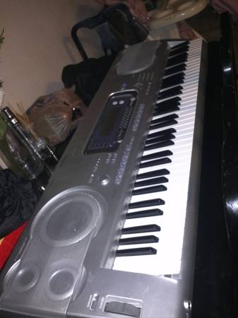 RadioShack MD-1800 76-Key MIDI Keyboard - $120 (sw houston -galleria)