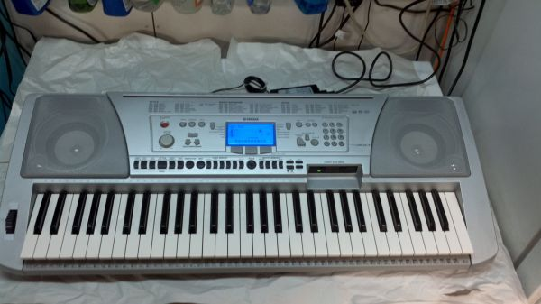 yamaha keyboard, psr450, - $300 (77080 spring branch)