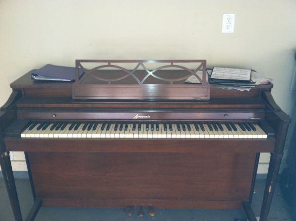 Baldwin Aerosonic piano for sale - $600 (Houston Heights)