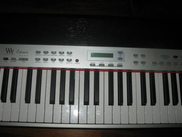 REDUCED FOR SALE....WILLIAMS ENCORE KEYBOARD LIKE BRAND NEW - $399 (BAYVIEW,TX )