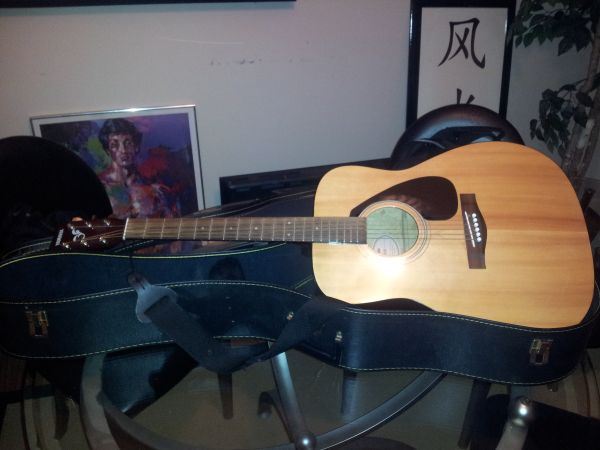 Yamaha Acoustic Electric - $350 (Bellaire)