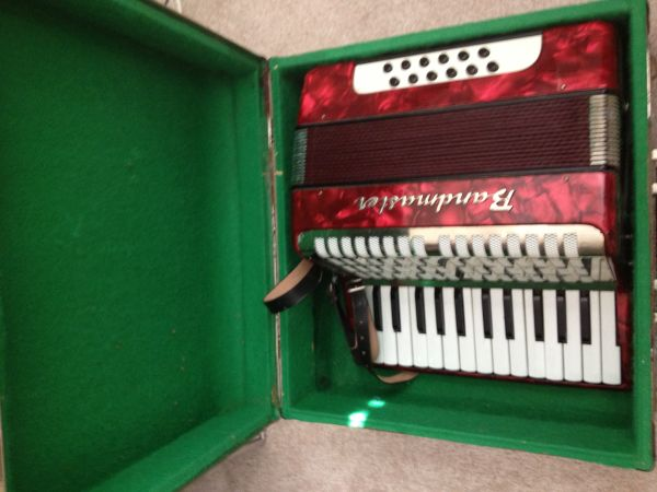 Bandmaster Piano-Accordion in Red - $165 (Heights)
