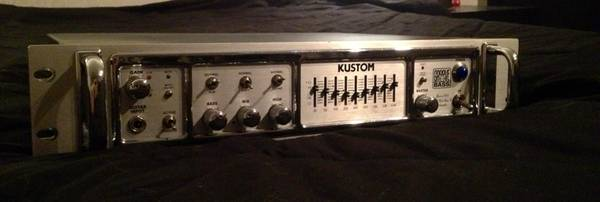 Kustom Bass Head (FREE Case and Cables) - $400 (Willowbrook)