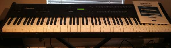Alesis QS8 88 Weighted SynthesizerKeyboard - $350 (NW Houston)