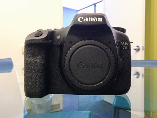 Canon EOS 7D - Body Only - Great Condition - $850 (Washing Ave. )