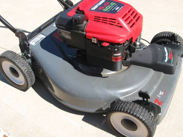 22 inch cut Gold Craftsman lawn mower with 6.0 HP engine - x0024135 (Katy Mills Mall)