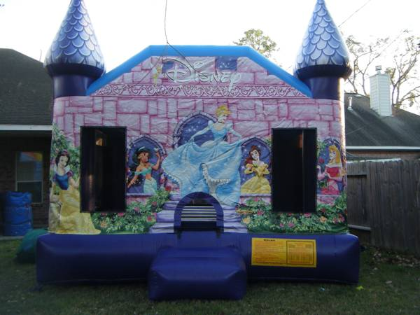 DISNEY MOONWALKS WATER SLIDES FOR RENT (KATY HOUSTON CYPRESS)