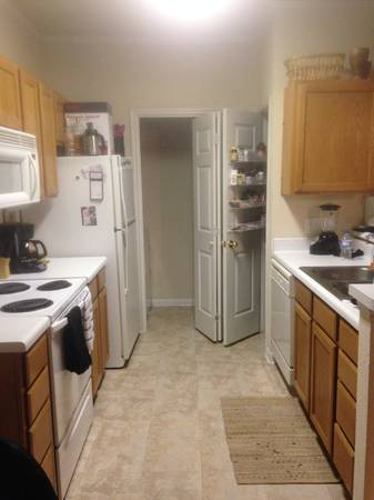 x0024 855   2br - 959ft sup2  - 2 bed bath -short term lease  Belton