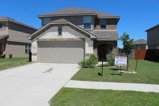 - $1195 3br - Spacious 2 story 3 bdr house COMING SOON (Capricorn Loop, Killeen)