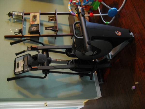 Elliptical Machine(Nordic Trac 800 Audio Strider) - $400 (Killeen)