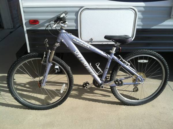 Girl s Mountain Bike For Sale -   x0024 200  Harker Heights