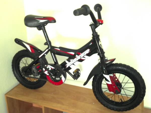 Torker 12 12 inch kids boys BMX style bicycle bike - $40 (Killeen)