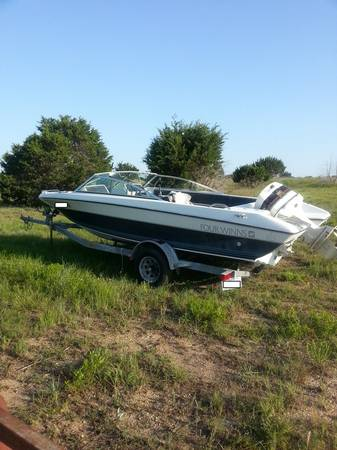 Project Boat-85 Four Winns w 120 hp Johnson - $1000 (Briggs)