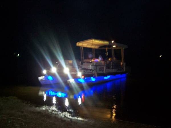 Sun tracker 24 FT Pontoon w custom 2013 upgrade with hard top -   x0024 14500  killeen  copperass cove  harker heights