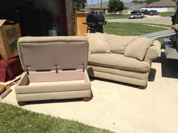 Lazy boy and Ottoman - $150 (Killeen)