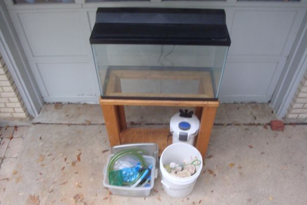 30 Gal Aquarium full setup w stand and canister filter - $150 (Temple)