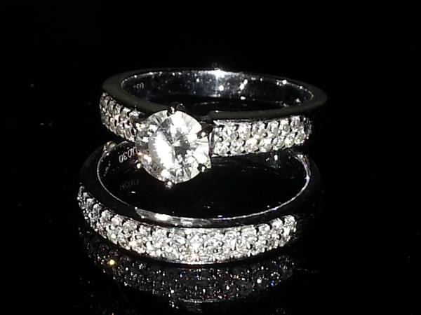 Engagement Ring w  Matching Wedding Band -   x0024 4000  Killeen