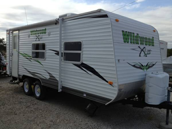 2010 Forest River Wildwood X-lite (22RB) with warranty - $10500 (Fort Hood)