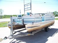 Will trade 18 Pontoon Boat, 60HP Yamaha  Trailer for RV or PU - $5000 (BurnetMarble Falls, Bertram area)