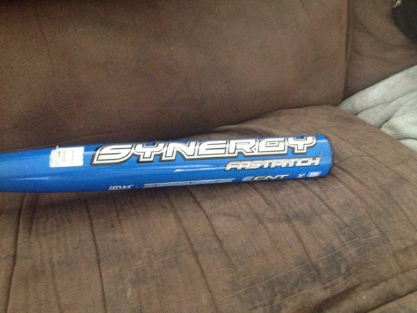 Easton synergy fast pitch softball bat - $250