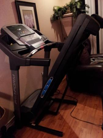 Proform 600 LT Treadmill - $500 (Morgans Point Resort, Texas)