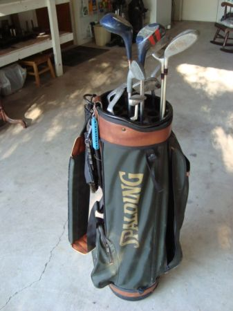 MAKE OFFER Golf Clubs and Bag - $60 (TempleAustin)