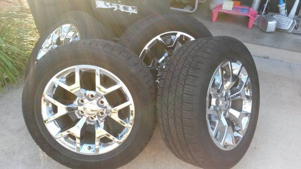 2014 GMC Factory 20 Inch Rims And Tires - $1500 (harker heights tx)