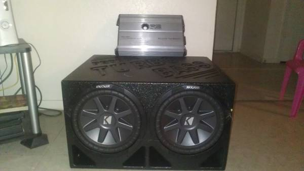 2 10 1000 Watt Kickers Pro Box 1600 Watt RE Audio For Sale Or Trade - $275 (Killeen Fort Hood)