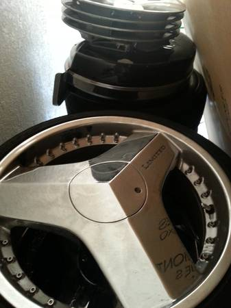 BLADES RIMS FOR SALE $$$ 700$ 20 INCH